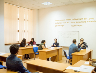 "Business game on the ""Management of human resources"" subject was held"