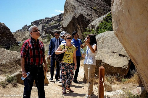 Visit of foreign researchers to the Gobustan Rock Art Cultural Landscape